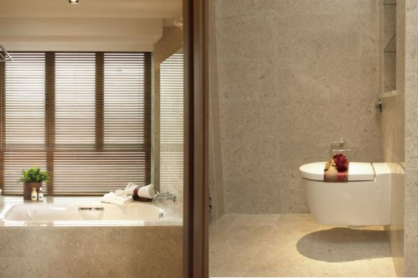 Berth-by-the-cove-sentosa-bathroom