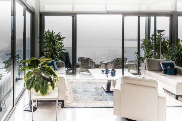 The-Oceanfront-Balcony-seaview