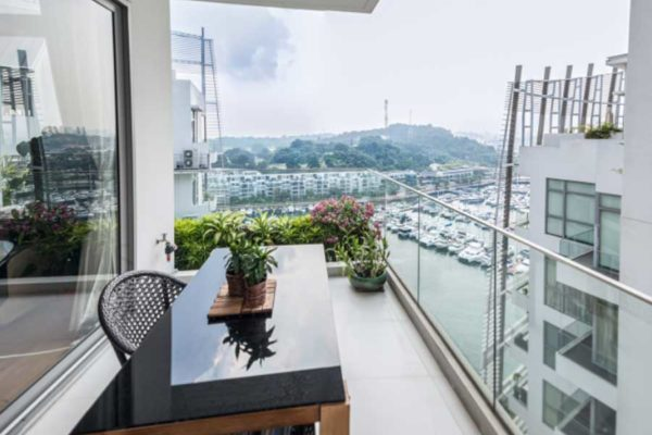 The-Oceanfront-Balcony-view-of-berthing-boats