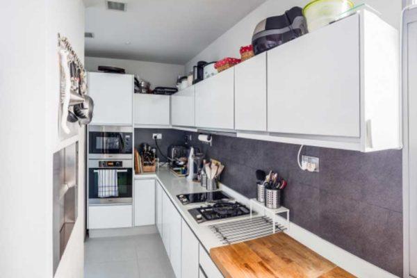 The-Oceanfront-Gourmet-kitchen